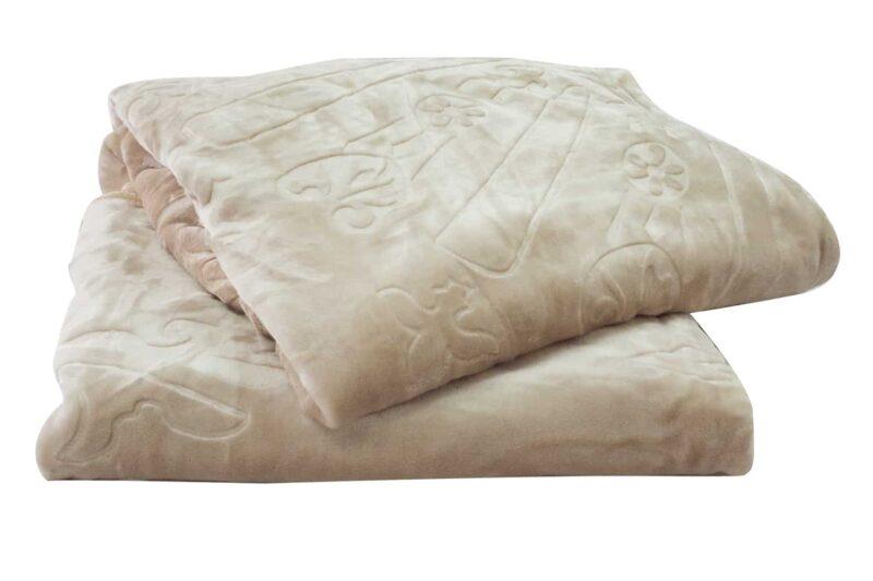 Κουβέρτα βελουτέ υπέρδιπλη εκρού