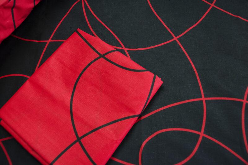 Σεντόνια Nissa κοντινό κόκκινο
